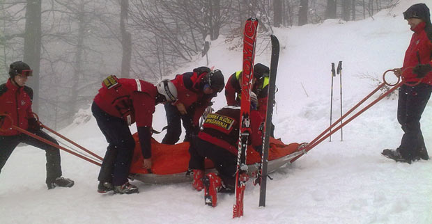 Ski accident rescue